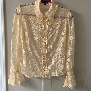 Bebe vintage lace pearl button blouse. Bell sleeve